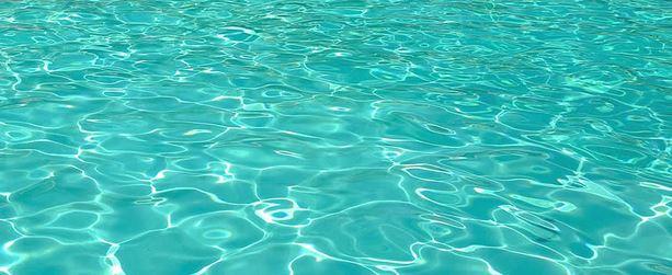 piscina-estate-acqua