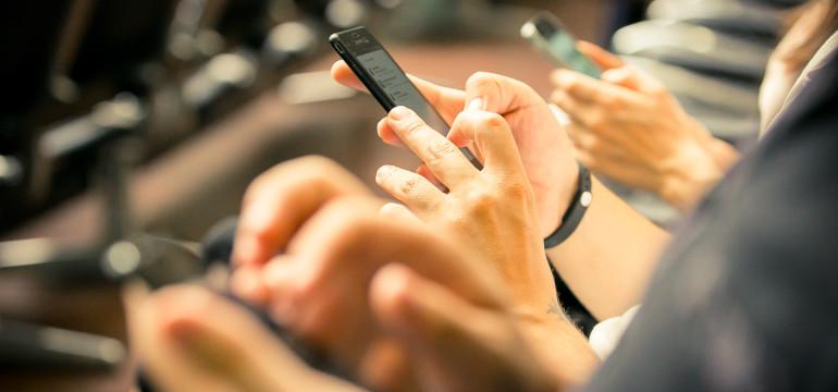 telegram whatsapp telefono cellulare