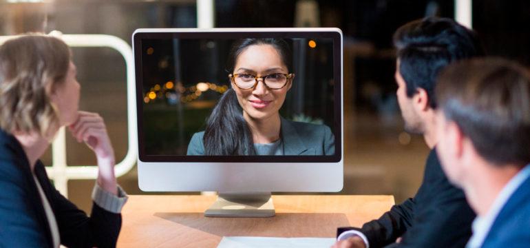 Come comunichiamo sul lavoro? Il giusto equilibrio tra comunicazione sincrona e asincrona