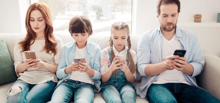 Quando controllare lo smartphone ai propri figli?
