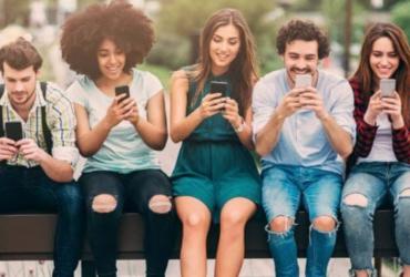 Pigri e maleducati: come sono davvero i giovani d'oggi?