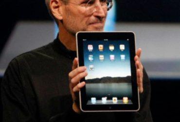 Dieci anni fa nasceva l'iPad: genio e marketing di una rivoluzione